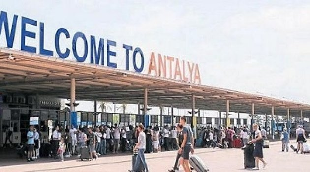 Antalya'da Turist sayısı 1.5 milyona yaklaştı