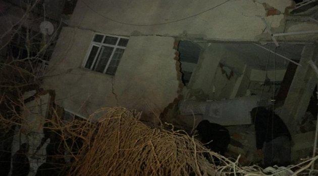 Elazığ'da 6.8 büyüklüğünde deprem...