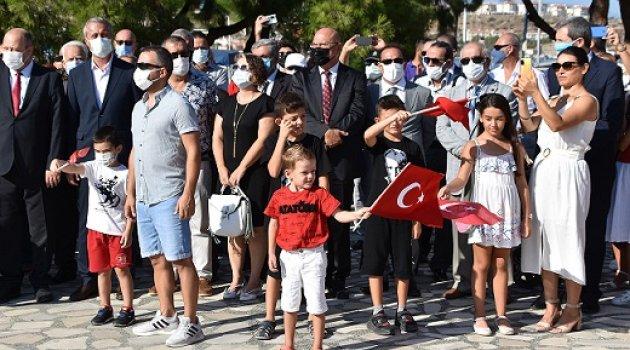 FOÇA'DA ZAFER BAYRAMI COŞKUSU