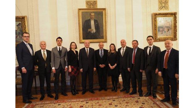 İzmir Moskova ile ilişkilerini güçlendiriyor