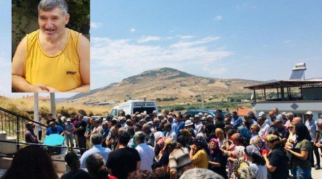 Maliyeci Necdet Korkmaz Vefat Etti Foça'da Toprağa Verildi