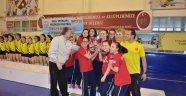 Küçük Kız Voleybol Takımımız Türkiye Üçüncüsü