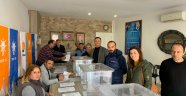 Ak Parti Foça ilçe delege seçimleri tamamlandı.