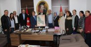 Boşnaklar Başkan İduğ'u ziyaret etti