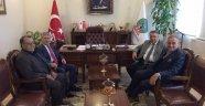 Eski Kaymakam Abdurrahman Koçoğlu, Başkan Mahmut Badem'i ziyaret etti
