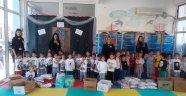 Foça Bahçeşehir Koleji LÖSEV'li çocuklara kampanya düzenledi