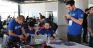 İZKA'dan nefes kesen maraton; Robothon