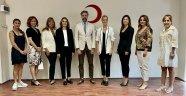 Türk Kızılay İzmir Şubesi'ne kadın eli değecek